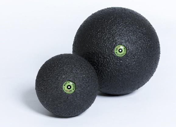 Black roll ball